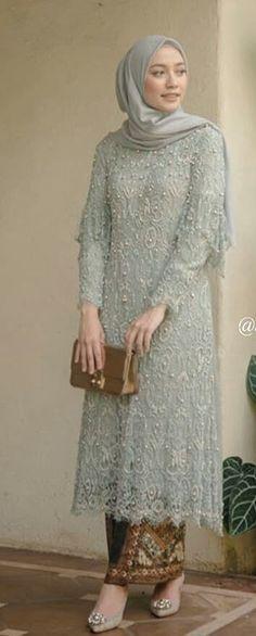 61 Ideas For Dress Brokat Batik Muslim Kebaya Modern Hijab, Kebaya Hijab, Model Kebaya Brokat Modern, Model Kebaya Modern Muslim, Dress Brokat Modern, Kebaya Lace, Kebaya Dress, Batik Kebaya, Muslim Fashion