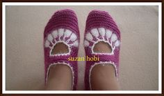 Suzan hobby: description of my booty model Crochet Slippers, Knit Or Crochet, Charlotte Tilbury, Russian Online, Moda Emo, Online Diary, Baby Knitting Patterns, Cute Shoes, Mary Janes