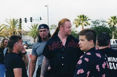 Amazing Or Funny: Rare (Unseen) Images of Undertaker (WWE) Mark Calaway Undertaker Wwe, Mark Williams, Unseen Images, Vince Mcmahon, Thing 1, Lucky Ladies, Professional Wrestling, The World's Greatest, Family Photos