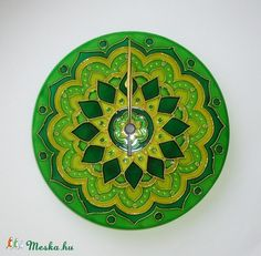 mandala wall clock  Mandala - zöld, sárga virág mandala egyedi festett üvegóra (Boriboszi) - Meska.hu