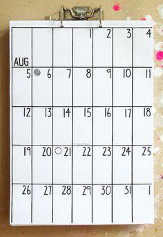 DIN A3 Kalender * immer 18 Monate Laufzeit * Anfangsmonat frei wählbar * DIN A3 Format * auf 80g Papier * inkl. Hebelmechanik * inkl. zwei kleine