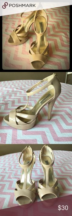 Steve Madden nude t-strap heel Ultra comfy nude Steve Madden heels. These are gorgeous and super versatile! I wore them for my wedding rehearsal and my feet never complained! Minor scuffs on both heels shown in last picture. They need a loving home 😍 Steve Madden Shoes Heels
