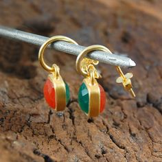Red and Green Onyx Square Gemstone Earrings - Side view. 18k Gold.
