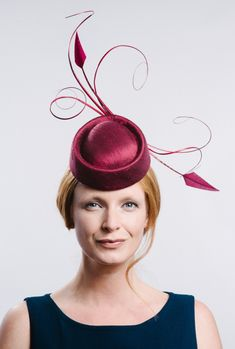 Juniper silk covered rolo with a flourish of curled juniper quills and feathers. A bold sculptural, elegant design. Bride Of Christ, Millinery Hats, Race Day, Flourish, Hats For Women, Quilling, Create Yourself, Victoria, Collections