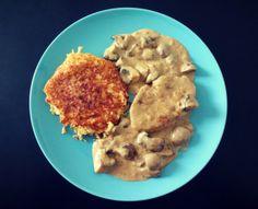 Trutenschnitzel an Pilzrahmsauce mit Blumenkohl-Röstini