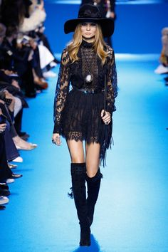 Elie Saab took on rock and roll glam for his fall-winter 2016 collection presented during day 5 of Paris Fashion Week. For the past several seasons, the Lebanese designer has been moving in a more youthful and attitude-filled direction. There were bomber jackets in the spring, Coachella style boots in pre-fall, and now leather jackets …