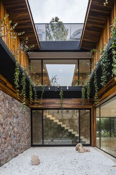 Contrafrente Casa Bosque Modern Style of the Architecture Studio OON Architecture Modern Architecture House, Modern House Design, Amazing Architecture, Interior Architecture, Black Architecture, Exterior Design, Interior And Exterior, Interior Modern, Forest House
