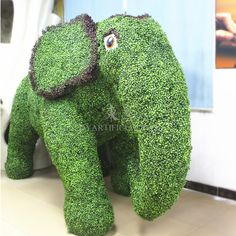 TLA-02-04 UV Protection Artificial Topiary Elephant Monther