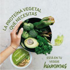 Para los amantes del veggie, ¿qué les parece nuestro hummus de alcachofa? Hummus, Sprouts, Veggies, Food, Artichokes, Lovers, Vegetable Recipes, Vegetables, Essen