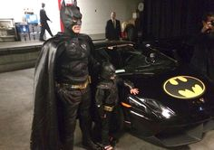 The streets of San Francisco — sorry, Gotham City — went absolutely insane Friday for a boy named Miles. Miles has leukemia, and his fondest wish was to be Batman for. Make A Wish Foundation, Gotham City, San Francisco, Good News Stories, Michael Keaton, Andrew Garfield, Faith In Humanity Restored, Wish Come True, Christian Bale