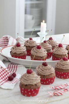 valkoinen talo tarinoi: Marianne muffinssit Desserts, Food, Tailgate Desserts, Deserts, Essen, Postres, Meals, Dessert, Yemek