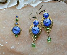 Set bindi and earrings with Swarovski by Tribal Bindi