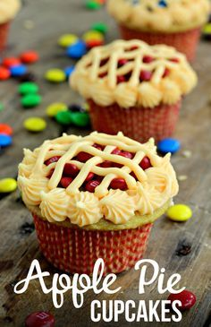 Apple Pie M&M's Cupcakes. Super delicious apple pie cupcake and perfect apple pie cupcake decorations! Works perfectly every time Apple Pie cupcakes M M Cupcakes, Cupcakes Design, Apple Pie Cupcakes, Cupcakes Decorating, Cupcakes For Sale, Birthday Cupcakes, Brownie Desserts, Oreo Dessert, Mini Desserts