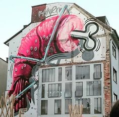 Artwork by @adelstreue in Munich #munich #munchen #germany #drawing #painting #shrimp #gamberi #gambas #sprayart #spraypaint #mural #wallart #arteurbano #streetart #graphicdesign #contemporaryart #graffiti #design