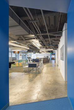 Kaiser IThrive 1149 corridor 700x1049 Inside Kaiser Permanentes IThrive Collaborative Office Prototype