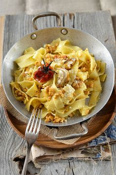 Tagliatelle with Almonds and Candied Tomatoes | Tangerine Zest