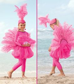 pink flamingo costume via Chasing Fireflies Flamingo Halloween Costume, Bird Costume, Halloween Costumes, Purim Costumes, Diy Disfraces, Halloween Disfraces, Holidays Halloween, Halloween Decorations, Halloween Party