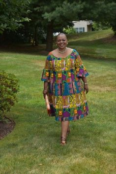 45 looks para quem está acima do peso 45 looks para quem está acima do peso African Dresses For Kids, African Maxi Dresses, Latest African Fashion Dresses, African Attire, African Inspired Clothing, Traditional African Clothing, African Print Dress Designs, Ankara Designs, Shweshwe Dresses