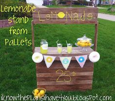 free pallet project, lemonade stand for the kiddo's
