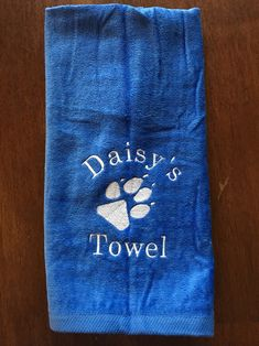 "Siberian Husky Paw-Wipe Terry Towel 11/"" x 18/"" Grommet with Hook"