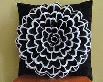 Felt flower pillow idea