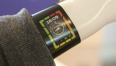 Plastic Logic, fabricante de papel electrónico flexible (e-paper flexible) presenta el concepto de un reloj inteligente de e-paper en color. http://gabatek.com/2013/03/28/tecnologia/reloj-inteligente-e-paper-color-futuro-tecnologia-portable/