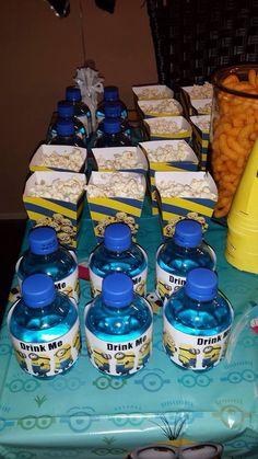 Minion chubbies & popcorn