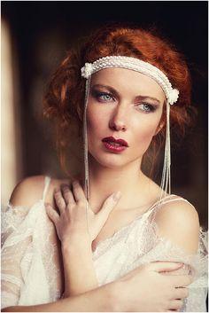 Vintage bride make up  | Image by Las De Coeur, see more http://www.frenchweddingstyle.com/fairytale-chateau-de-bagnols/