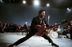 Chuck Berry, photo by Jean-Marie Périer, mid via Guitar Guy, Guitar Tips, Cool Guitar, Guitar Lessons, Ray Charles, Rock Roll, Jean Marie, Chuck Berry, Learn To Play Guitar