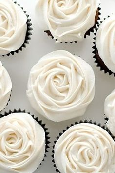 I don't usually pin food stuff, but these cupcakes are just beautiful! I don't usually pin food stuff, but these cupcakes are just beautiful! I don't usually pin food stuff, but these cupcakes are just beautiful! Cupcake Rose, Flower Cupcakes, Pretty Cupcakes, Rosette Cupcakes, Elegant Cupcakes, Yummy Cupcakes, Fancy Cupcakes, Rose Cake, Amazing Cupcakes