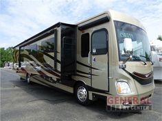New 2016 Fleetwood RV Discovery 40G Motor Home Class A - Diesel at General RV | Wayland, MI | #126805