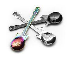 Una din cele mai tari idei de Cadouri pentru Cununie - Set 3 Lingurite Chitara, surpriza perfecta pentru cei care mereu sunt cu castile in urechi  #incrediblepunctro #cadou #cadouri #lingurite #chitara #cadouripentrucununie #cununie Violin, Music Instruments, The Incredibles, Personalized Items, Mai, Musical Instruments