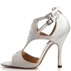 Madrid Silver : http://www.chaussures-femmes.com/createurs/benjamin-adams-madrid-silver.html