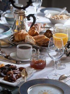 Petit-déjeuner au Château de la Ballue