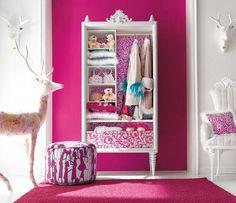 Dormitorio en color fucsia - http://decoracion2.com/dormitorio-en-color-fucsia/61746/ #ColorFucsia, #DecorarEnFucsia, #DecorarEnRosa, #Dormitorio, #IdeasDormitorio #Consejos, #DecoraciónInfantil, #DecoracionesTemáticas, #Dormitorio, #Espacios
