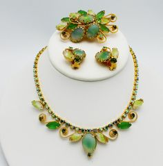 Vintage Green Necklace Parure CIJ Sale by HeirloomBandB on Etsy, $78.00