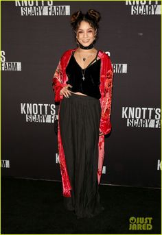 Vanessa Hudgens & Austin Butler Brave the Scares at Knott's Scary Farm Opening!: Photo #3774997. Vanessa Hudgens and Austin Butler couple up while walking the carpet at the 2016 Knott's Scary Farm Black Carpet Party on Friday (September 30) in Buena Park, Calif.…