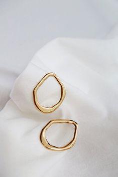 Lea Earrings