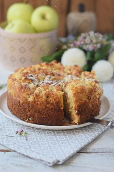 Apfelmuskuchen mit Marzipan und Marzipan Streuseln - Apple Cake with almonds and crumble #cake #fall #yummy #herbst (14)