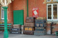 Houdini was here...A day on the gorgeous Bluebell Railway