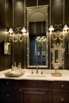 Powder Room - Impressive & elegant in rich woods with lots of sparkle & glamorous accessories. (pinned photo from Joy Tribout Interior Design) Dark Bathrooms, Dream Bathrooms, Beautiful Bathrooms, Luxury Bathrooms, Rustic Bathrooms, Marble Bathrooms, Decoration Baroque, Douche Design, Bathroom Interior