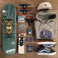 The best selection of the latest skate board styles in stock now. Skateboard Deck Art, Skateboard Design, Skateboard Girl, Skateboard Clothing, Penny Skateboard, Foto Still, Skate And Destroy, Skater Outfits, Skate Girl