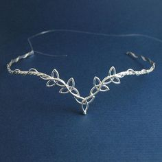 I found 'Celtic Trinity Knots Wedding Bridal Circlet Headpiece by Camias' on Wish, check it out!