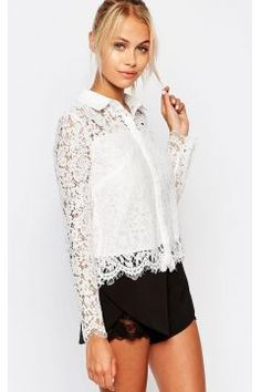 Fashion Union Cropped Shirt In Floral Lace - White https://modasto.com/fashion-union/kadin-ust-giyim-gomlek-bluz/br41699ct4