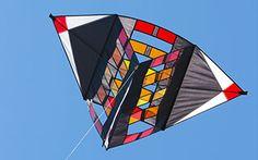 hoffmann_sparkling_triangle_box.jpg