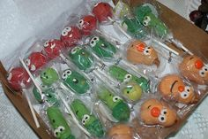 Veggie Tales Cake Pops - so cute! Veggie Tales Cake, Veggie Tales Birthday, Veggie Tales Party, 4th Birthday Parties, 2nd Birthday, Birthday Ideas, Cute Food, Themed Cakes, Holidays And Events
