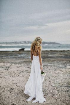 Ma Petite Rouge ------ Les Beaux Mariages: {Tendance de la mode} robe de mariee dos nu pour mariage 2014