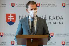 Igor Matovič kormányfő megerősítette, hogy a kijárási tilalom idején a temetőkbe sem lehet majd elmenni. A képviselői grémium ülésezését követően elmondta, hogy a temetőlátogatás nem tartozik a kivételek közé.