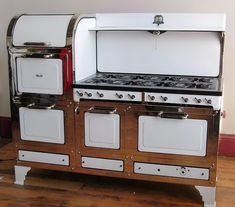Rare 1934 Magic Chef 6300 Estate Gas Cooking Stove in Princeton, Massachusetts ~ Apartment Therapy Classifieds