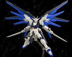 HGCE 1/144 Freedom Gundam Custom Kit [Hobby Japan October issue appendix] Freedom Gundam Flame Feder: New Full Detailed Hi Res Photo Review http://www.gunjap.net/site/?p=269823